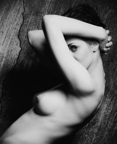 Black-and-white pictures or Erie BW NUDE