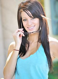 FTV Girl Victoria: Perfection Come True (Oct 2009)