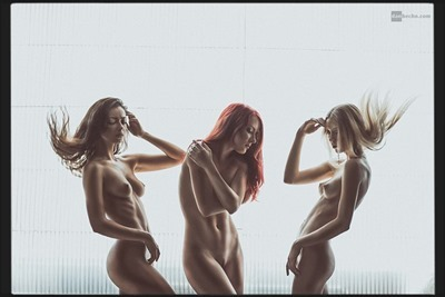 Dan Hecho and erotic photography